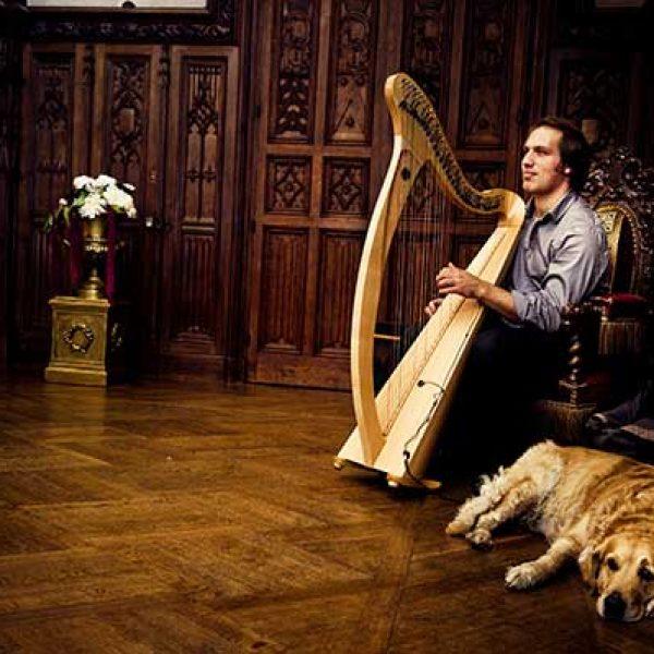 French-harpist2